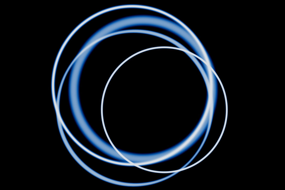 overlapping circles blue